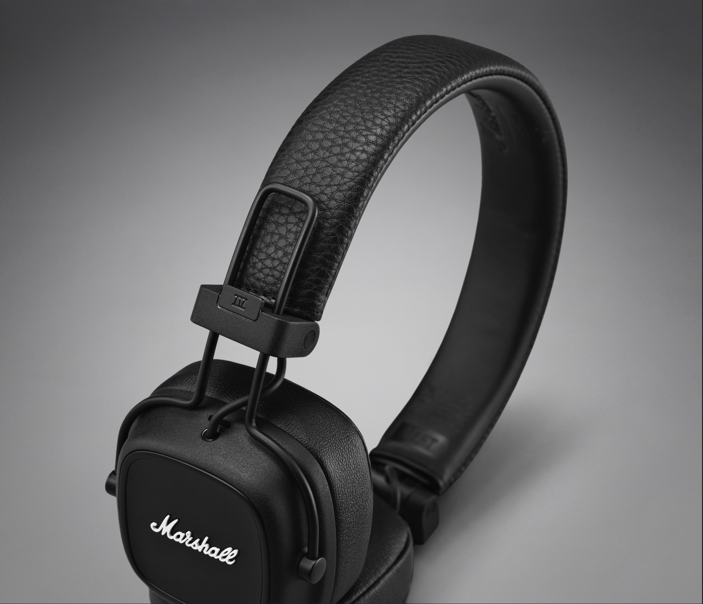 Marshall Major IV Wireless Bluetooth Headphones